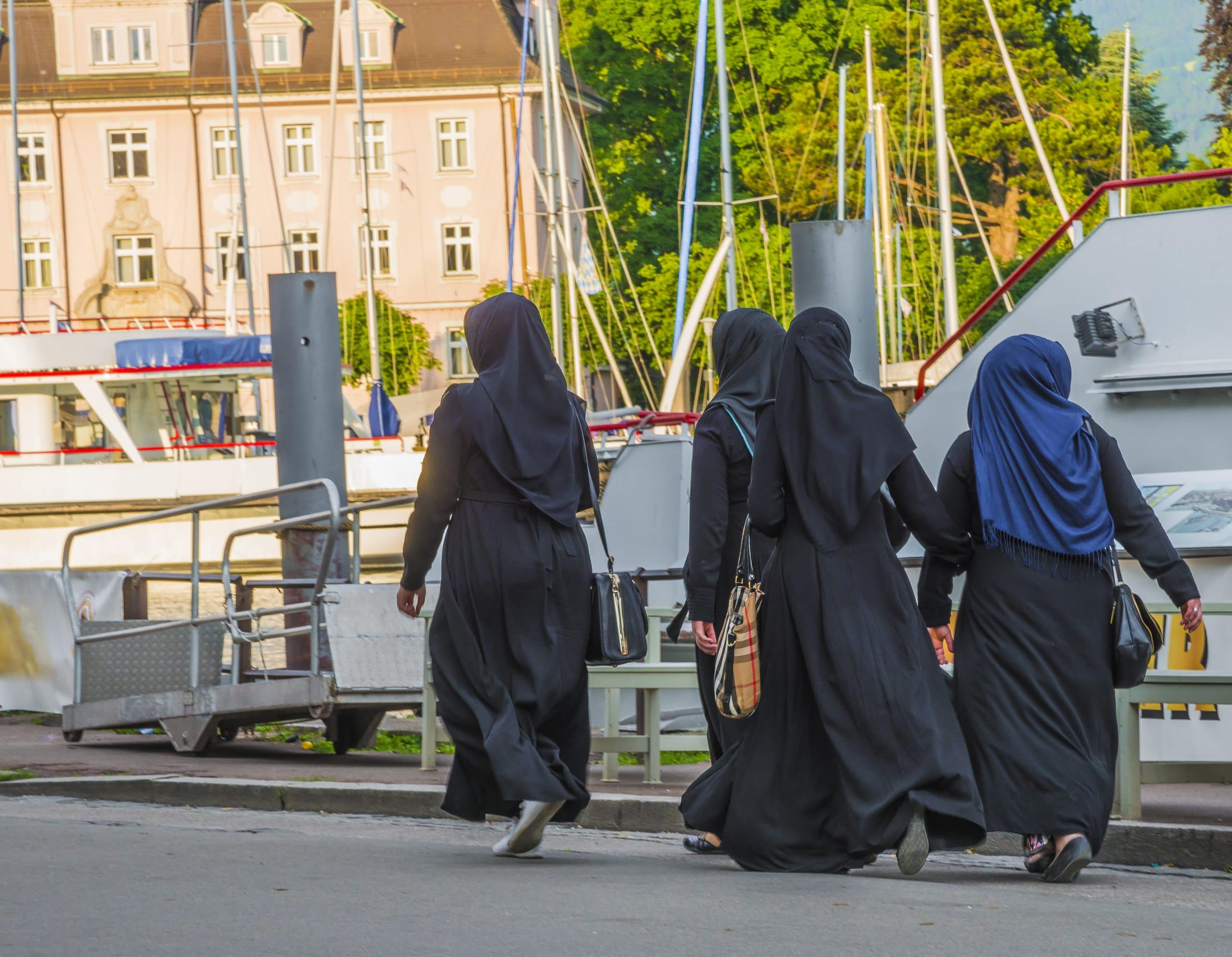America niqab in US state